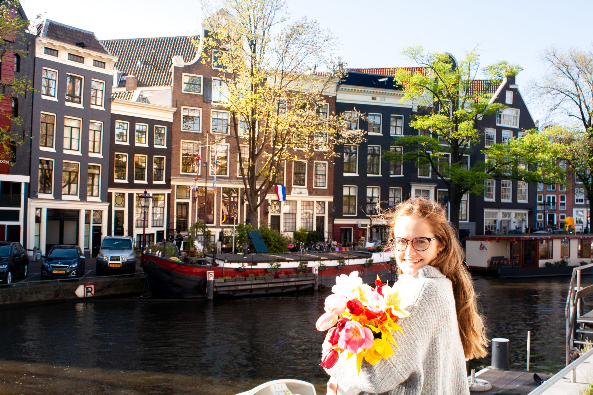 flower bouquet when travel Amsterdam, a great thing to do in Amsterdam