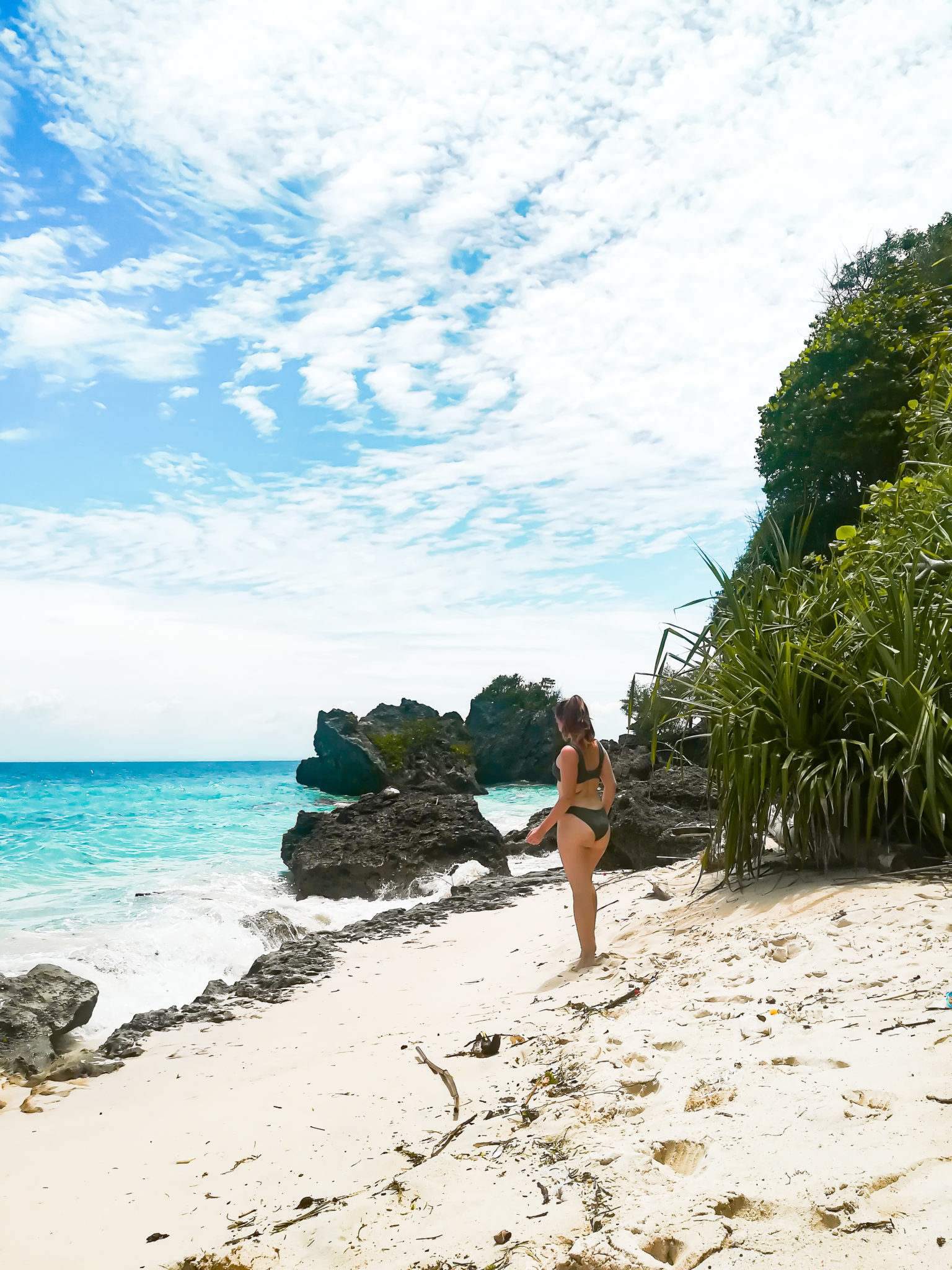 Beautiful beach in uluwatu: last stop on the bali travel route