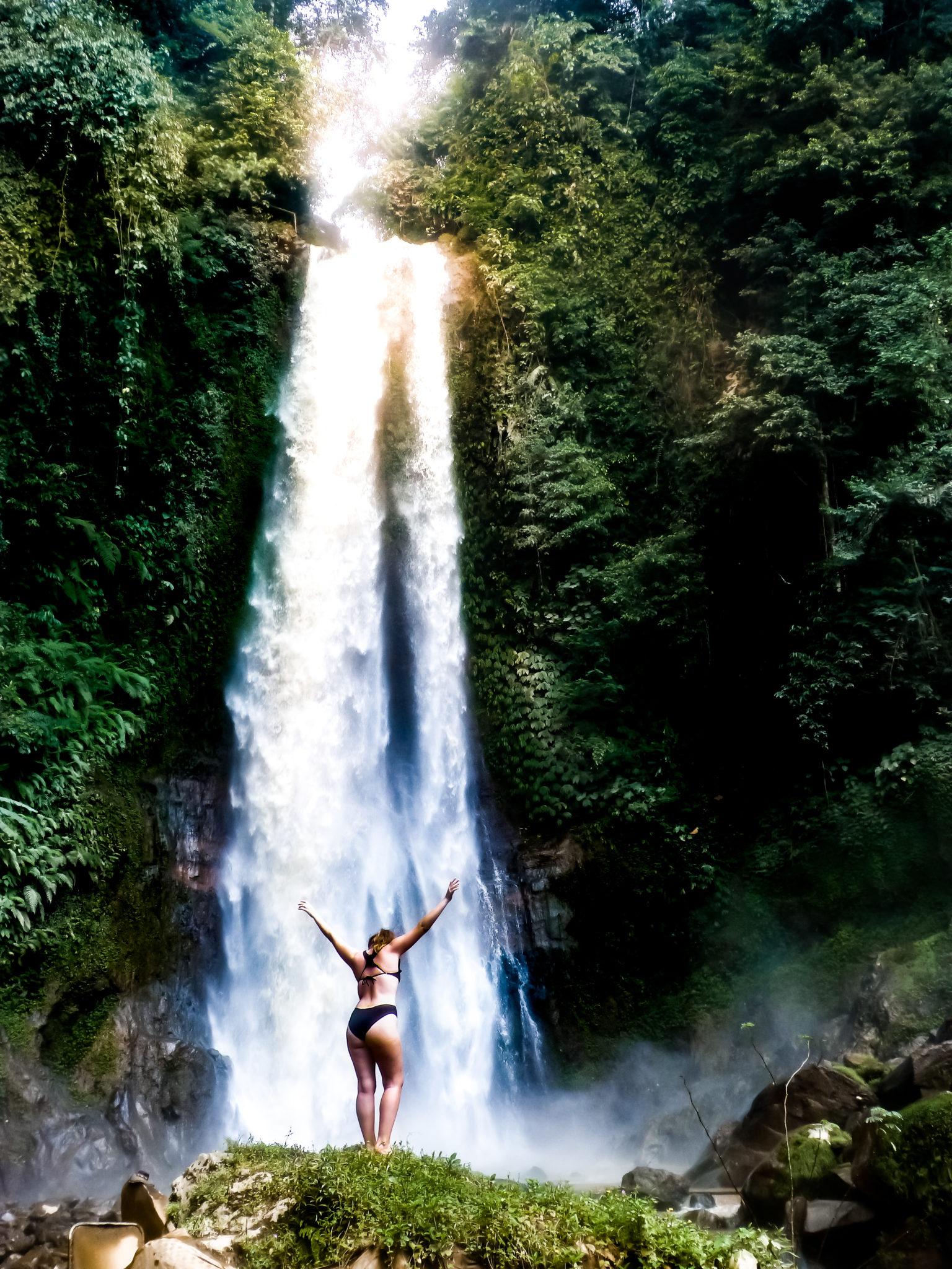 GitGit waterfall: Bali travel route