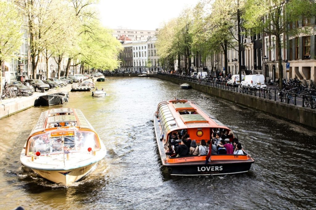 my favourite things to do in Amsterdam: Canal cruise