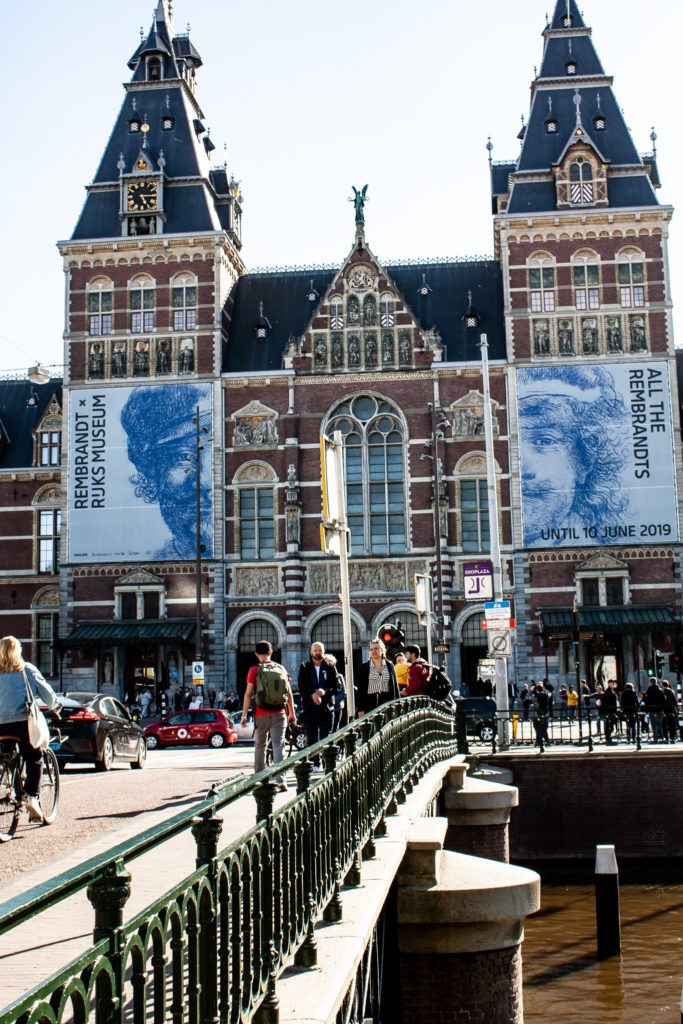 Experience Arts: Travel Amsterdam and visit museums