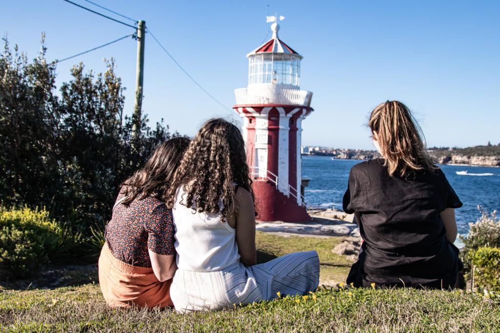 3 friends on one of the best walks in sydney