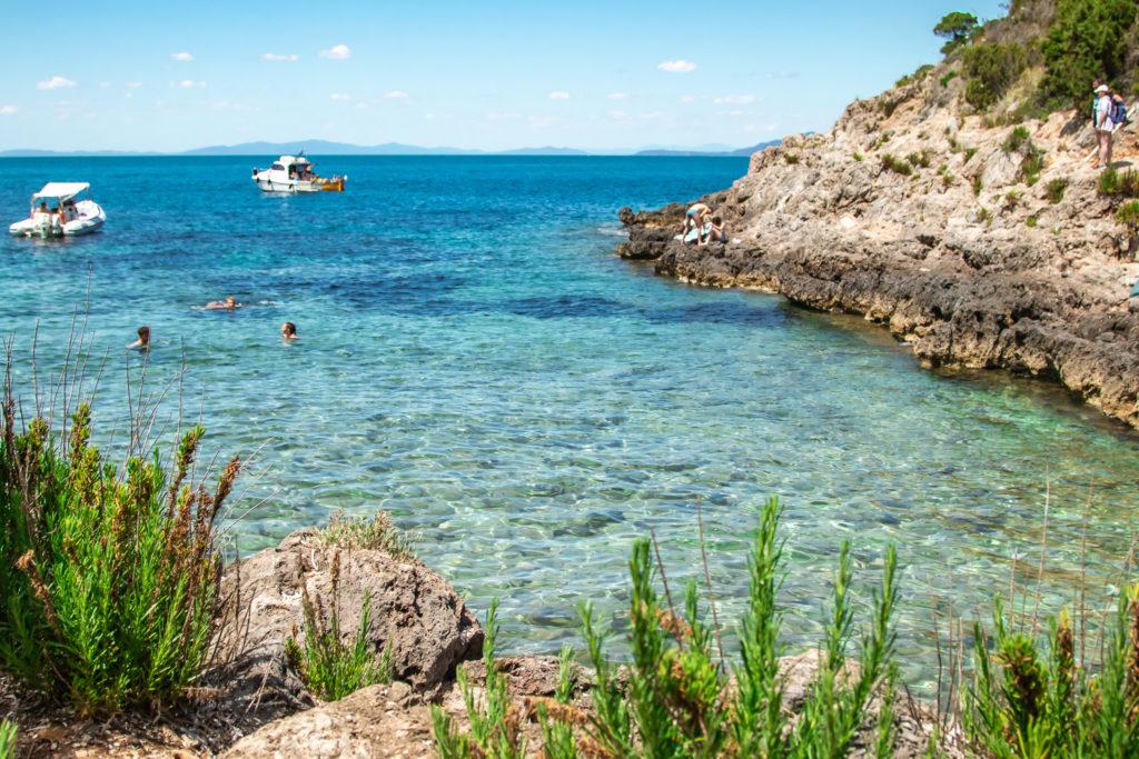 Tuscany Travel guide: bays at the tuscany coast
