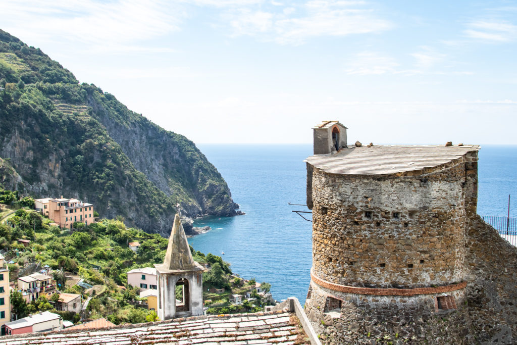 cinque terre ocean views of the castello in riomaggiore