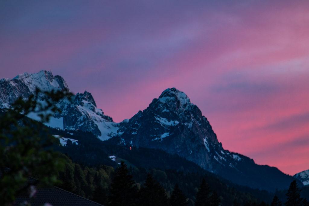 travel guide to garmisch-Partenkirchen: mountains during sunset