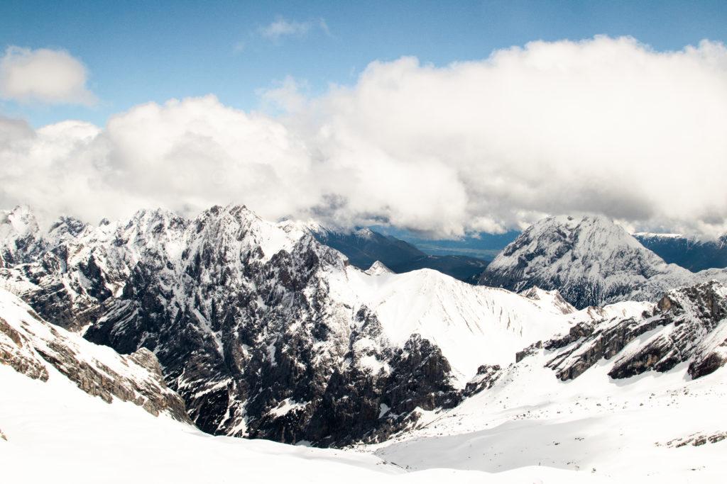 travel guide to Garmisch-Partenkirchen: Zugspitze mountain views