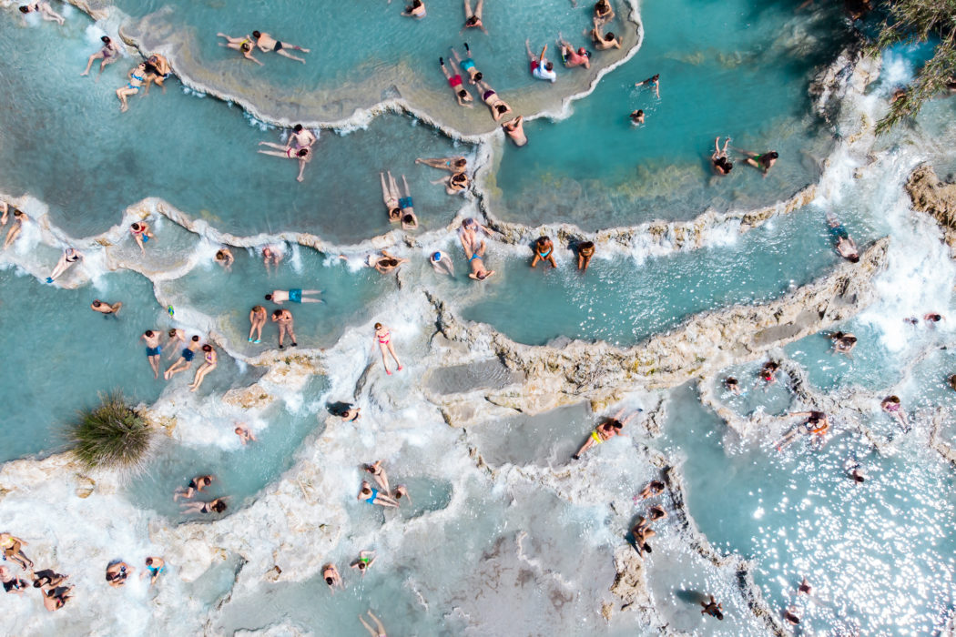 How to Visit the Saturnia Hot Springs in Tuscany: Guide to Cascate del Mulino